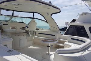 52' Sea Ray 52 Sundancer 2008 Spacious Cockpit