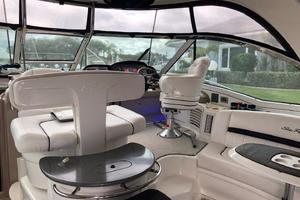 52' Sea Ray 52 Sundancer 2007 Spacious Helm Area