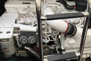 48' Sea Ray 48 Sundancer 2007 Port Engine