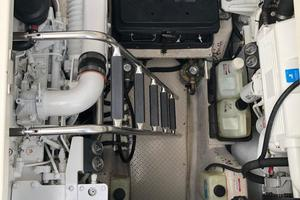 48' Sea Ray 48 Sundancer 2007 Clean Engine Room