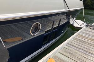 40' Azimut 40S 2012 Freshly Painted Hull