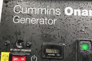 40' Azimut 40S 2012 Generator Hours - 551