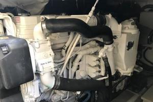 40' Azimut 40S 2012 Cummins Diesel Engine