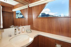 90' Ocean Alexander Skylounge Motoryacht 2012 Day Head Main Deck