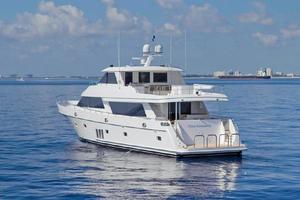 90' Ocean Alexander Skylounge Motoryacht 2012 Stern View