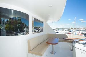90' Ocean Alexander Skylounge Motoryacht 2012 Boat Deck Seating