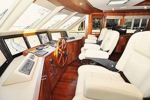 90' Ocean Alexander Skylounge Motoryacht 2012 Skylounge Helm