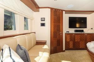 90' Ocean Alexander Skylounge Motoryacht 2012 Master Entertainment