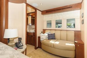 90' Ocean Alexander Skylounge Motoryacht 2012 Master Stateroom reading area