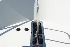90' Ocean Alexander Skylounge Motoryacht 2012 Windlass