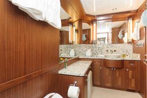 90' Ocean Alexander Skylounge Motoryacht 2012 Master Stateroom Head/Shower