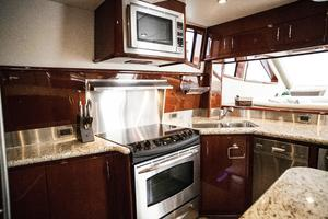 72' Marquis 720 2009 Galley