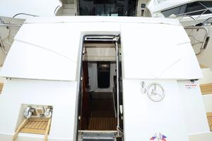 72' Marquis 720 2009 Stern Entrance