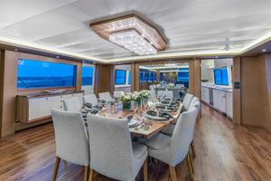 112' Westport Custom with Gregory Marshall Design 1994 Dining area