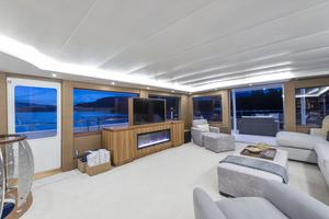 112' Westport Custom with Gregory Marshall Design 1994 Skylounge