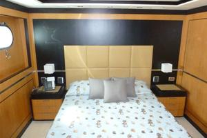 120' Inace Explorer 2012 Queen guest stateroom