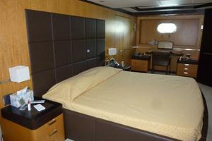120' Inace Explorer 2012 Master stateroom