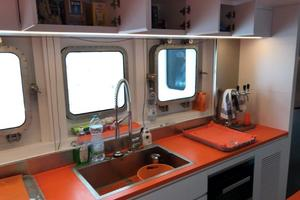 132' Ocean King Ocean King 130 2020 Galley