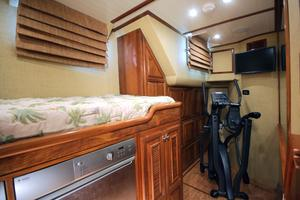 77' Real Ship Custom 2008 Guest twins washer dryer area