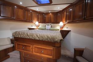 77' Real Ship Custom 2008 VIP