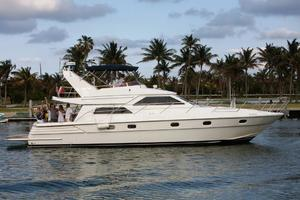 56' Gulf Craft Sport Flybridge Cruiser 2000 Gulf Craft Profile