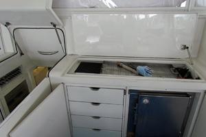 58' Donzi Express 2005