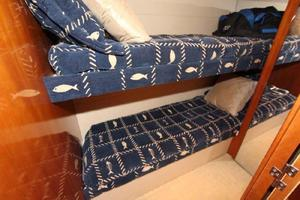 60' Hatteras Enclosed Bridge 2002 Guest Bunks