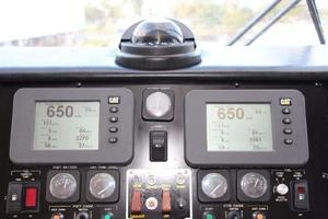 60' Hatteras Enclosed Bridge 2002 Electronics