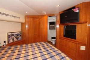 60' Hatteras Enclosed Bridge 2002 Master Stateroom Entertainment