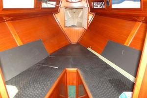 52' Creekmore Full Keel Cutter 2002 V-Berth