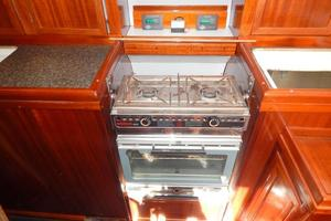 52' Creekmore Full Keel Cutter 2002 Galley Stove