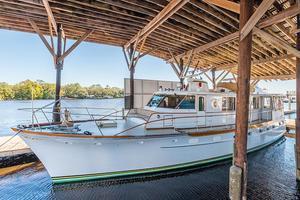 63' Trumpy Houseboat 1969 Angelus Yacht-1.jpg