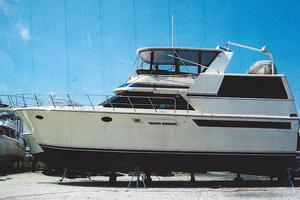 48' Californian Motor Yacht 1989 48 Californian on the hard