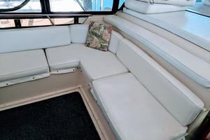 48' Californian Motor Yacht 1989 Flybridge Seating