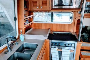 38' Pacific Seacraft Fast Trawler 2000 Galley
