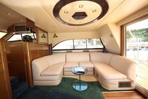 55' Neptunus Motor Yacht 1995 Salon Sofa