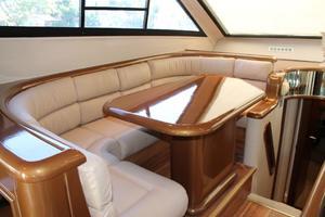 55' Neptunus Motor Yacht 1995 Dinette