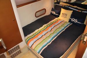 55' Neptunus Motor Yacht 1995 Guest Stateroom