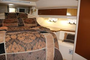 55' Neptunus Motor Yacht 1995 Master Stateroom