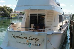 55' Neptunus Motor Yacht 1995 Transom