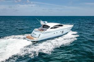 62' Pershing Express 2006 Starboard Profile