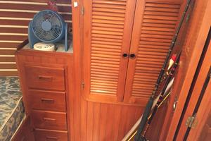42' Tayana 42 1991 Aft Stateroom Cabinetry