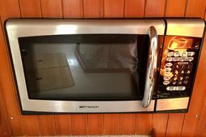42' Tayana 42 1991 Microwave