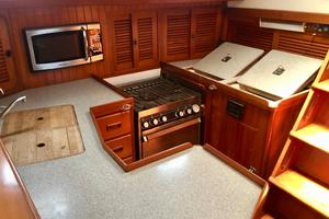 42' Tayana 42 1991 Galley