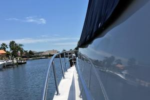 46' Cruisers Yachts 460 Express 2007 Port Side Bow Rail