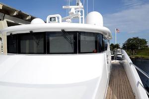 87' Oceanfast 87 2000 Port Sidedeck