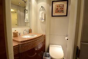 87' Oceanfast 87 2000 Guest Bathroom