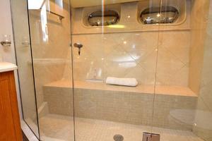 105' Heesen  1988 VIP Bathroom