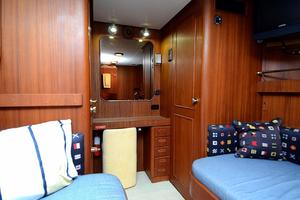 85' Jongert Long Range Cruiser 1986 Port Stateroom Desk