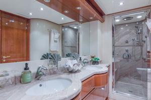 94' Ferretti Yachts  2004 VIP Bathroom